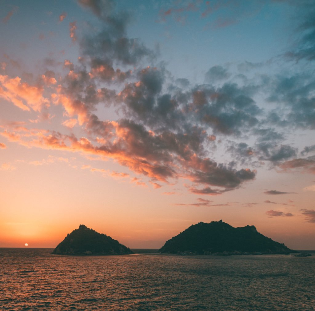 best secret sunset location on koh tao is one of the best things to do on koh tao